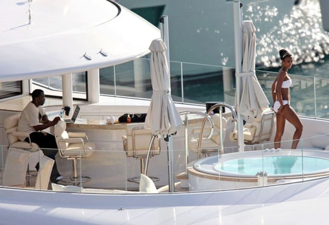 diddy-yacht.jpg