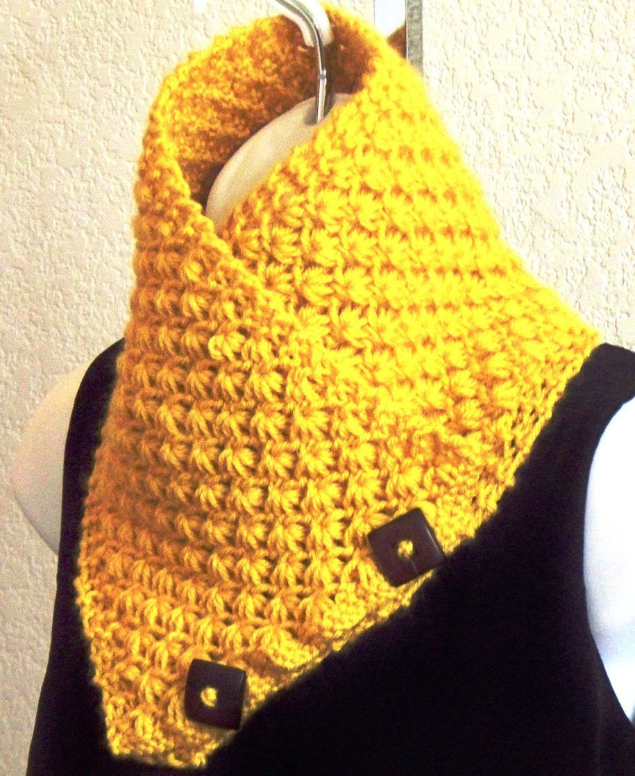 Knitting Pattern For Lotus Flower Neckwarmer This Buttoned Cowl