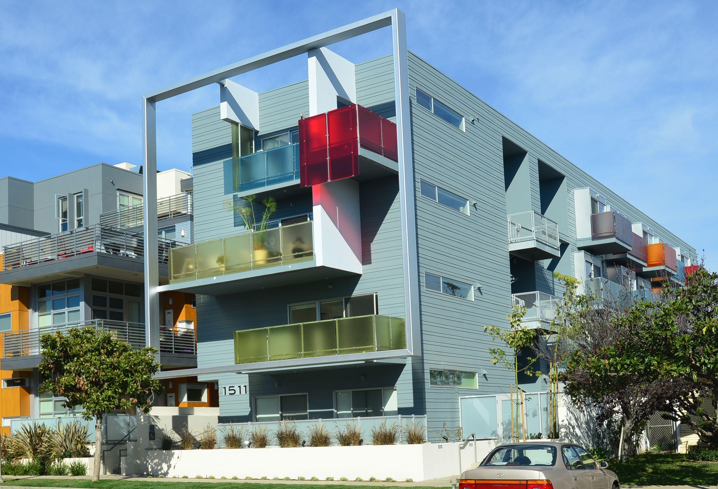 Pin By Dan Rigney On Quasi Mid Century Architecture Santa Monica Apartment Apartment Exterior Los Angeles Apartments