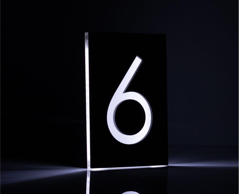 Edle Hausnummer Mit Led Beleuchtung Und Gravur 12x18 Cm Gravuru De In 2020 Led Led Beleuchtung Beleuchtung