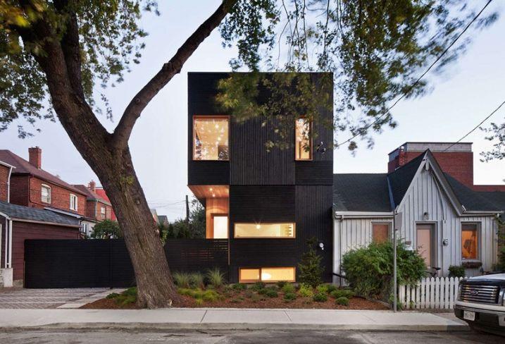 Maison contemporaine avec bardage en bois noir Facades, Arch and
