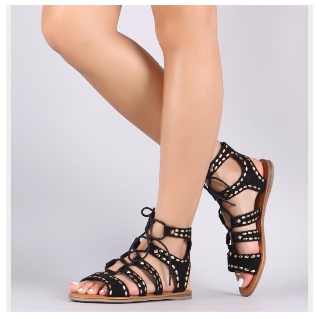 f737a0724c2f83 Nwot Studded Suede Lace Up Gladiator Flat Sandal