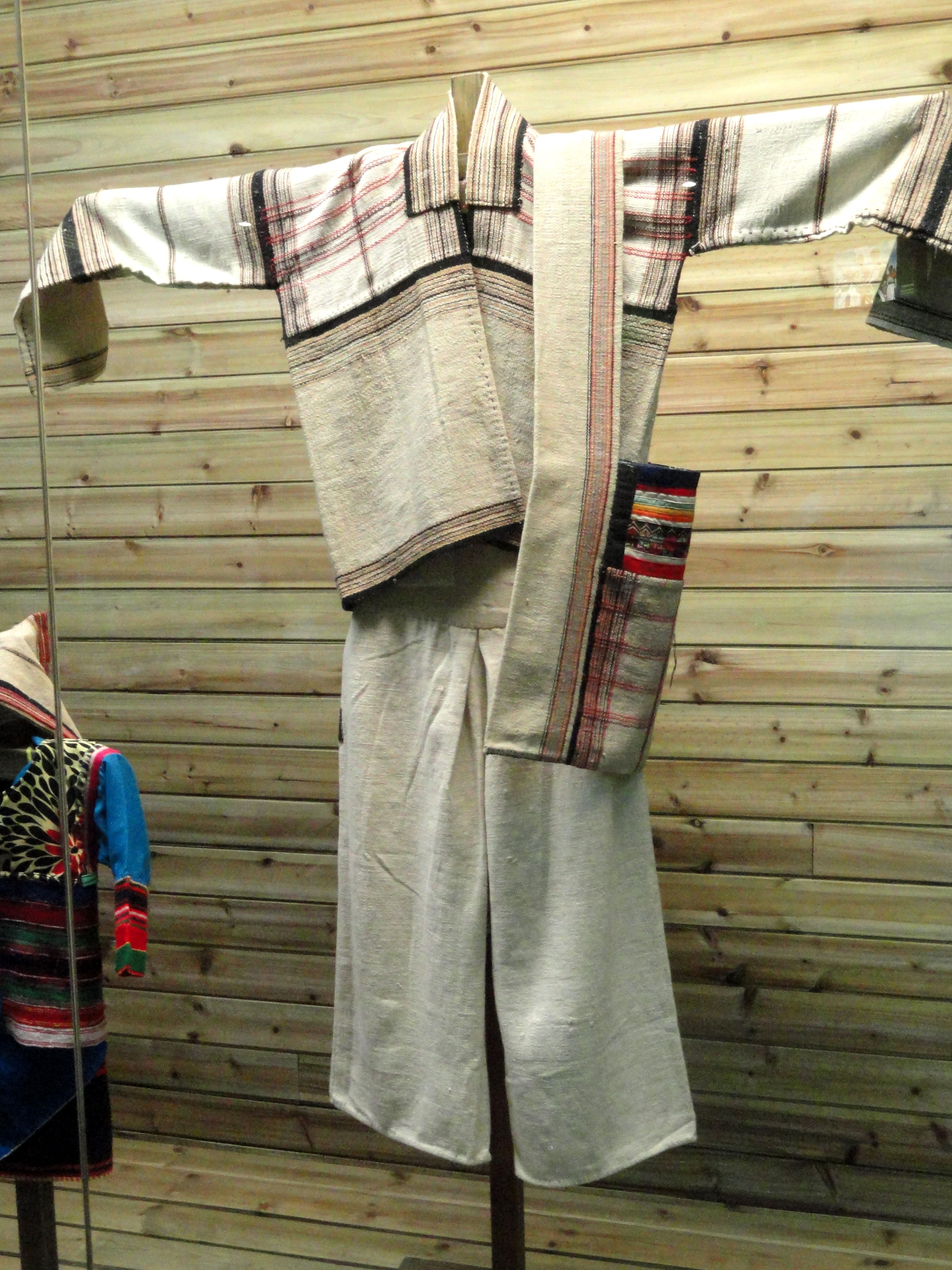a703e4fd7fdcd ancient chinese hemp clothing - Google Search | My future homestead ...