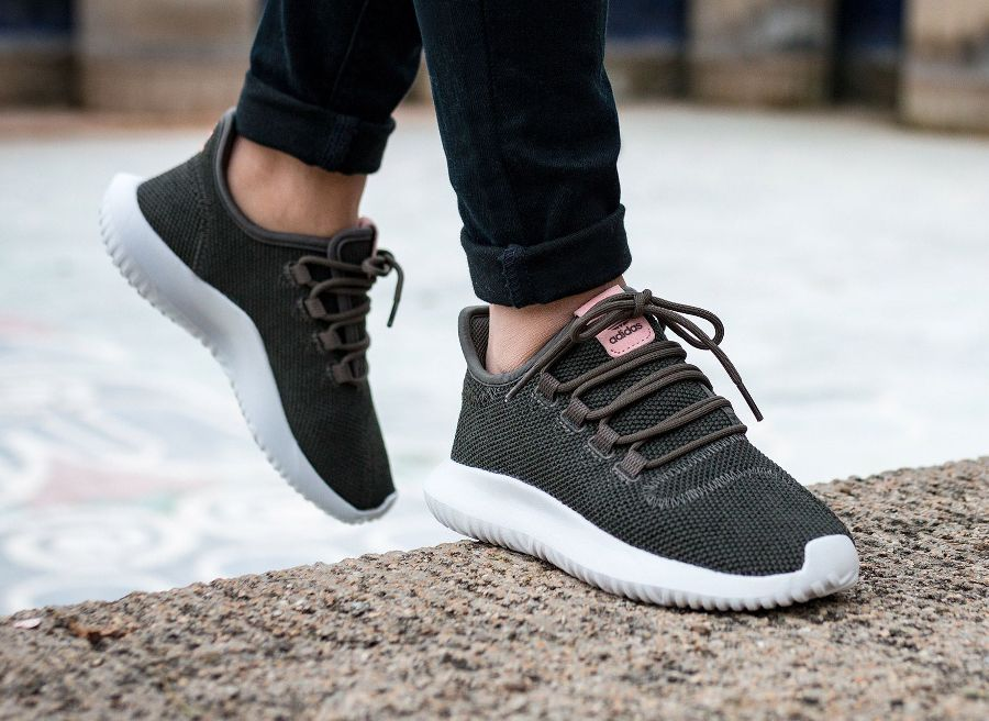 brand new b6414 7d4a5 image-basket-adidas-tubular-shadow-runner-w-utility-grey-femme-1