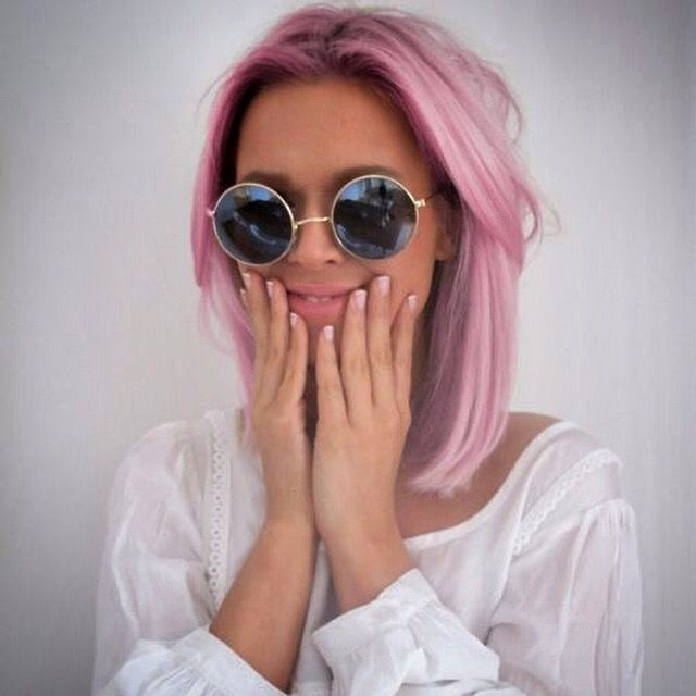Doing my hair pastel pink with London bleach in two weeks , I can't wait !