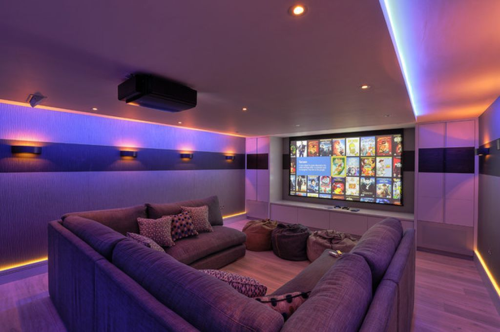 Modern Home Theater With U Shaped Sectional Sofa And LED Lighting : Modern  Home Theater Style
