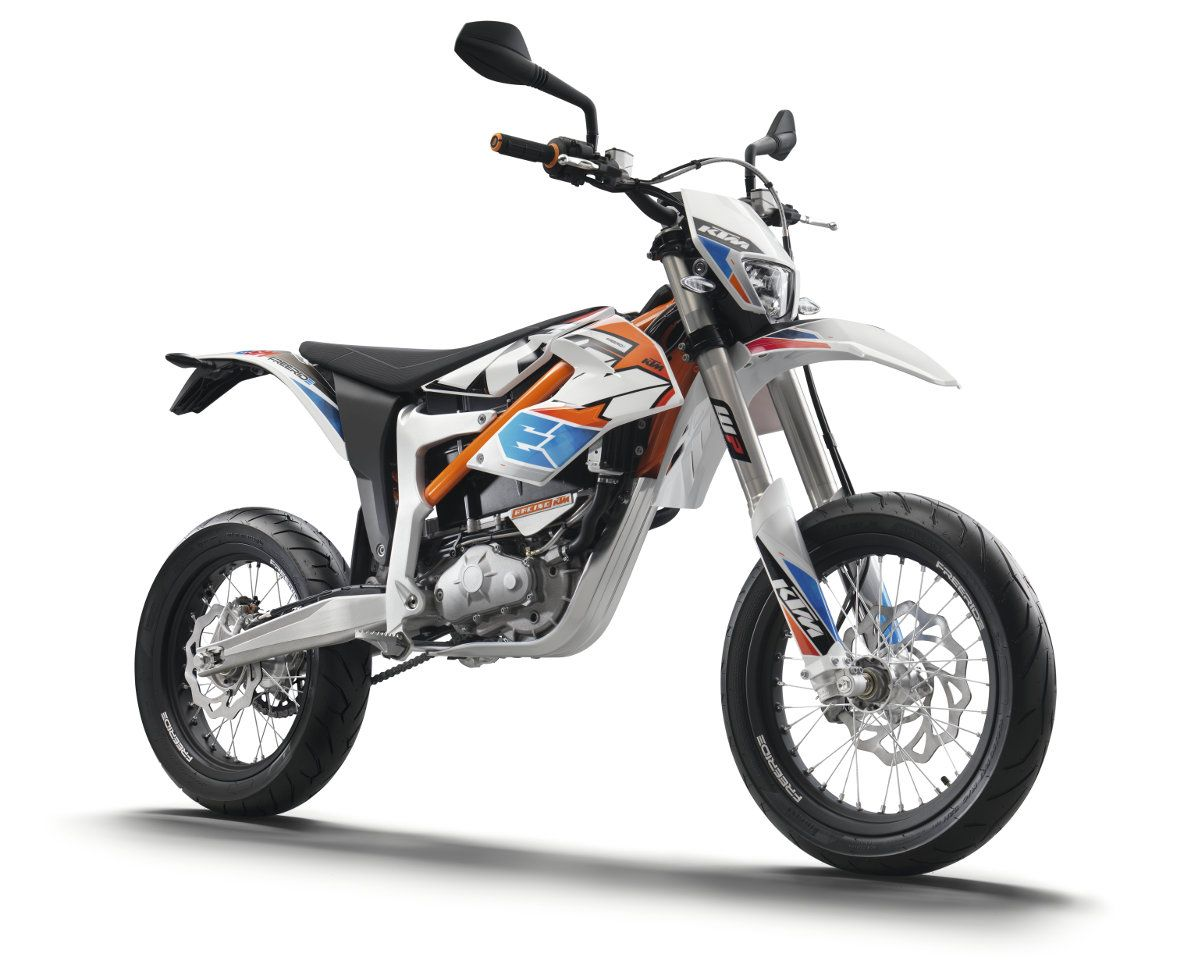 KTM Freeride E-SM Front 3Q