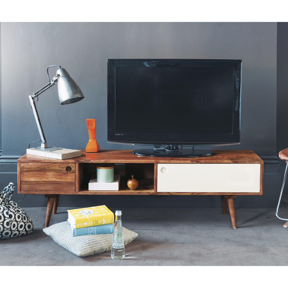 tv lowboard im vintage stil aus sheeshamholz tv m bel. Black Bedroom Furniture Sets. Home Design Ideas