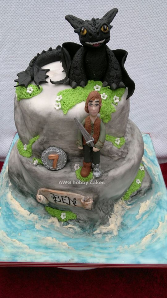 how to train your dragon dragon riders of berk cake