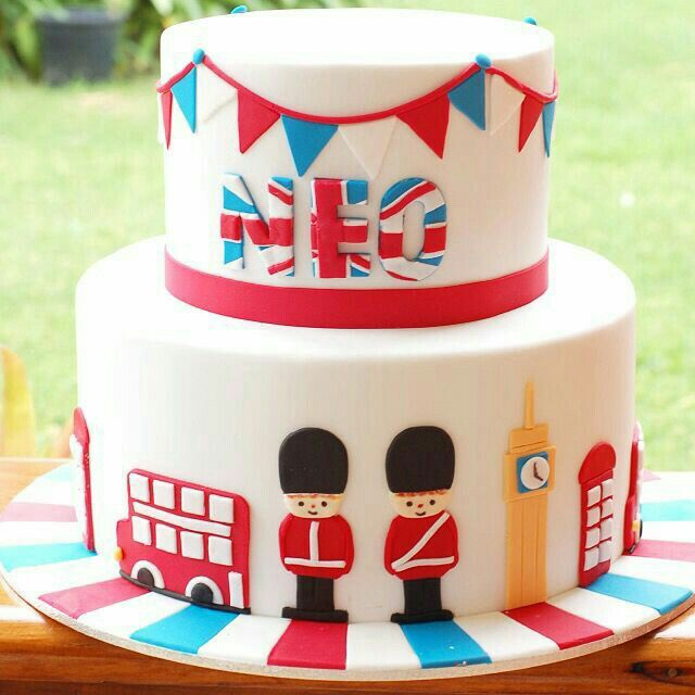 Ingles | Cakes | Cake, Queens birthday cake, British cake