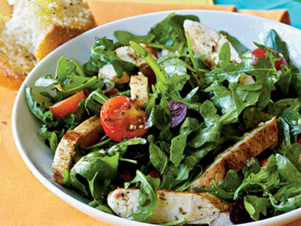 Photo of Herbed Arugula-Tomato Salad with Chicken