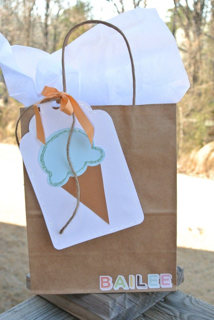 Ice Cream Party Put cookie bag and use for cookie kit favors?