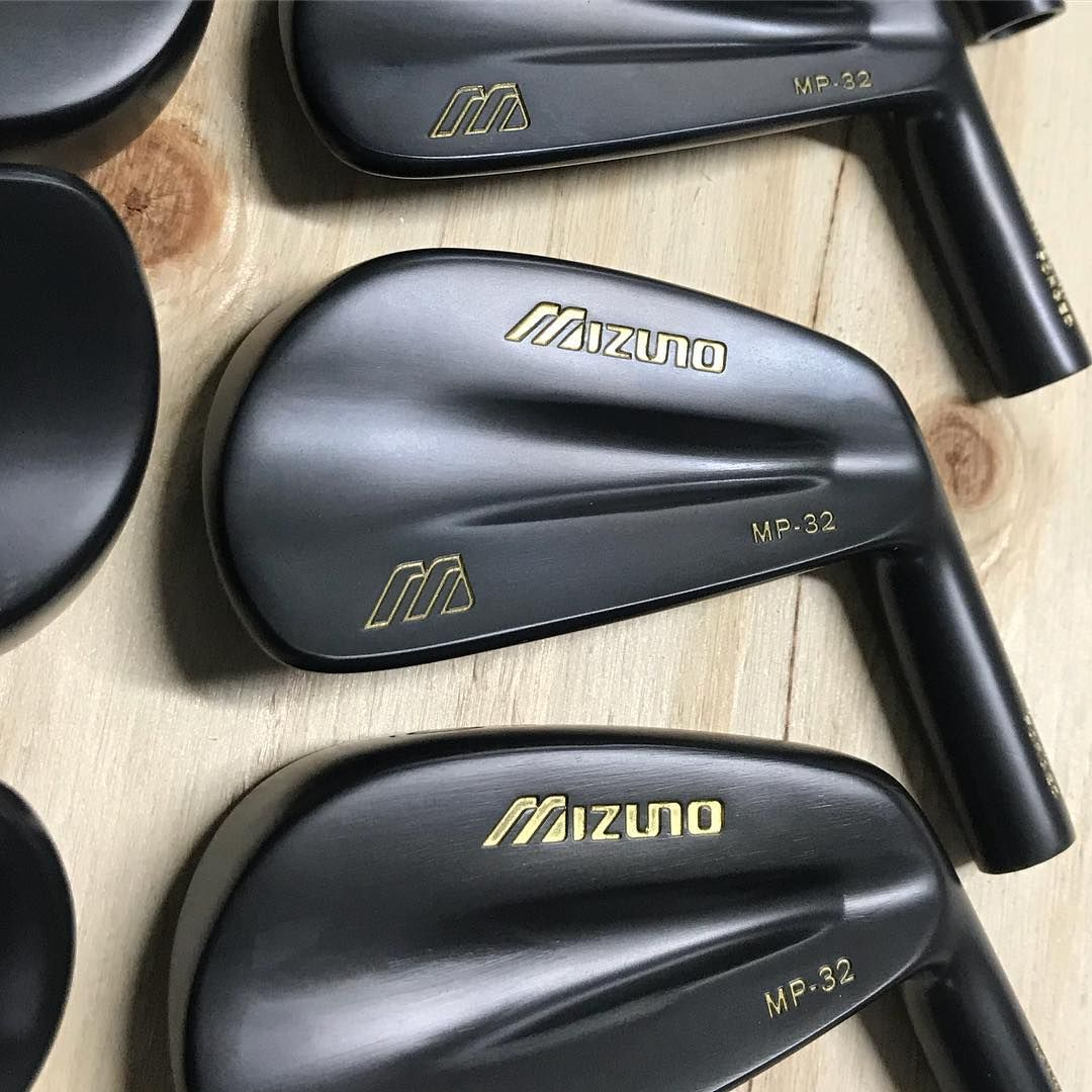 mizuno golf shoes japan amazon
