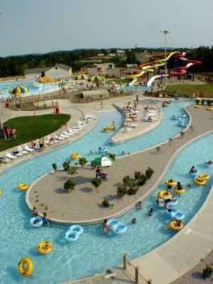 The Lazy River At Somersplash Waterpark In Somerset Water Park Somerset Kentucky Somerset