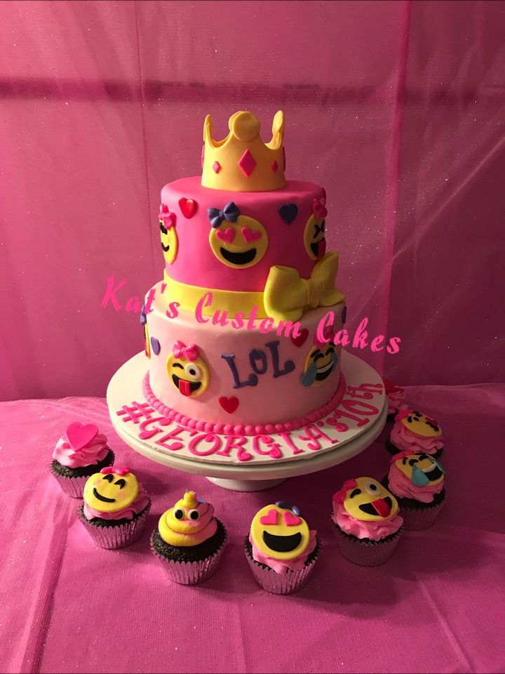 Pink Emoji Cake And Cupcakes Torta Emoticon Birthday