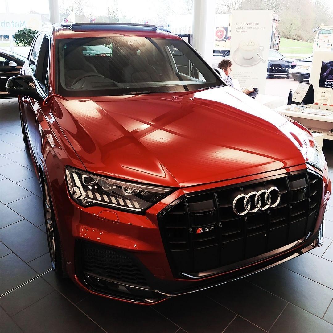 What A Stunning Colour In 2020 Audi Sport Audi Q7 Audi A8