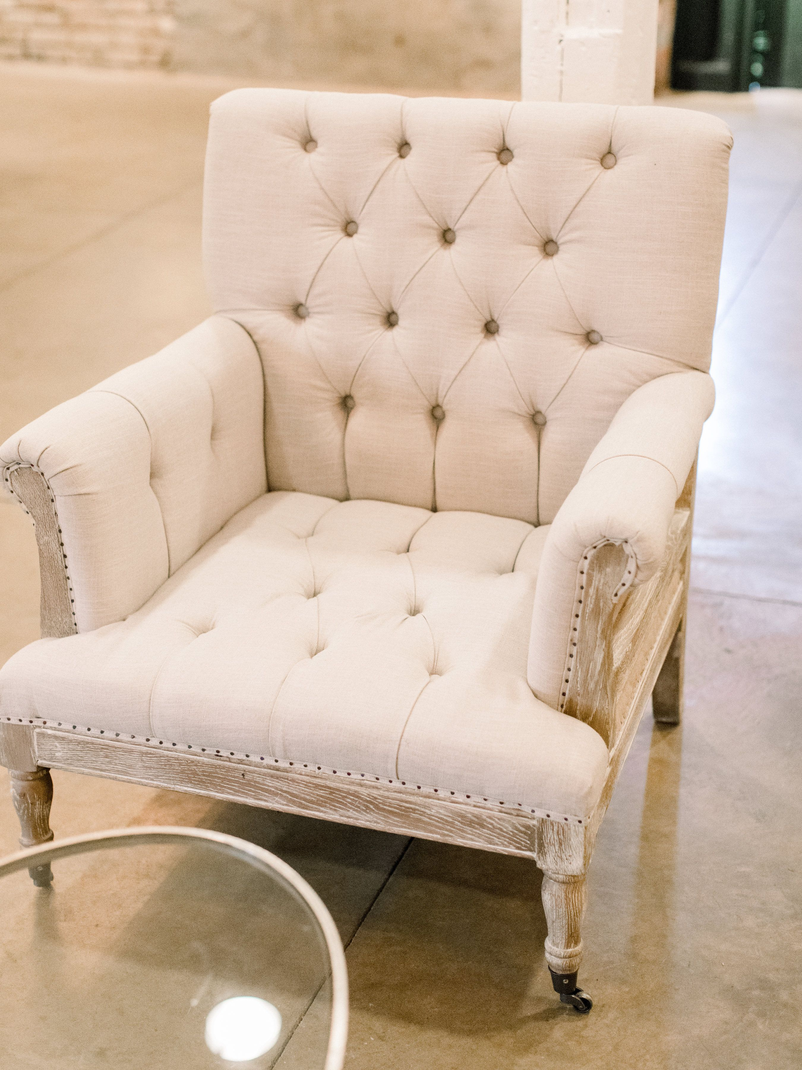 Chair Cover Rental Baltimore Pvc Mats For Carpet Wedding Inspiration Rentals White Glove Ft Rue Arm Planning Adriana Marie Events Photography Lauren Fair
