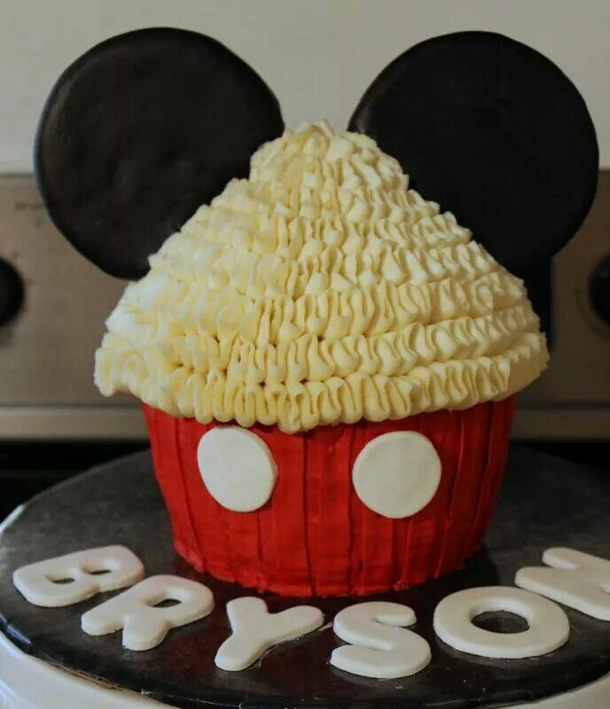 Mickey Mouse Smash Cake: Mickey Mouse Smash Cake Giant Cupcake
