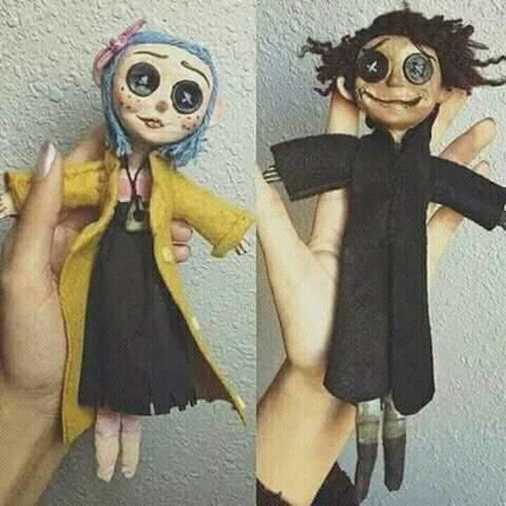 Pin By Bianca Nikiforov On Coraline In 2020 Coraline Doll Coraline Art Coraline And Wybie