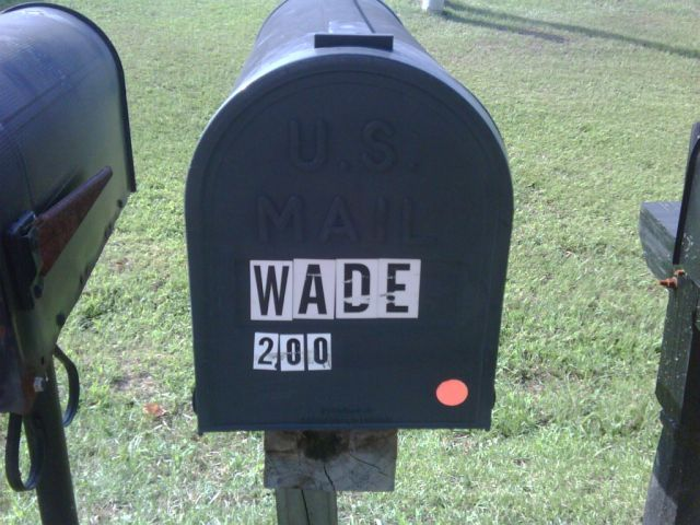 Colored dots on mailboxes