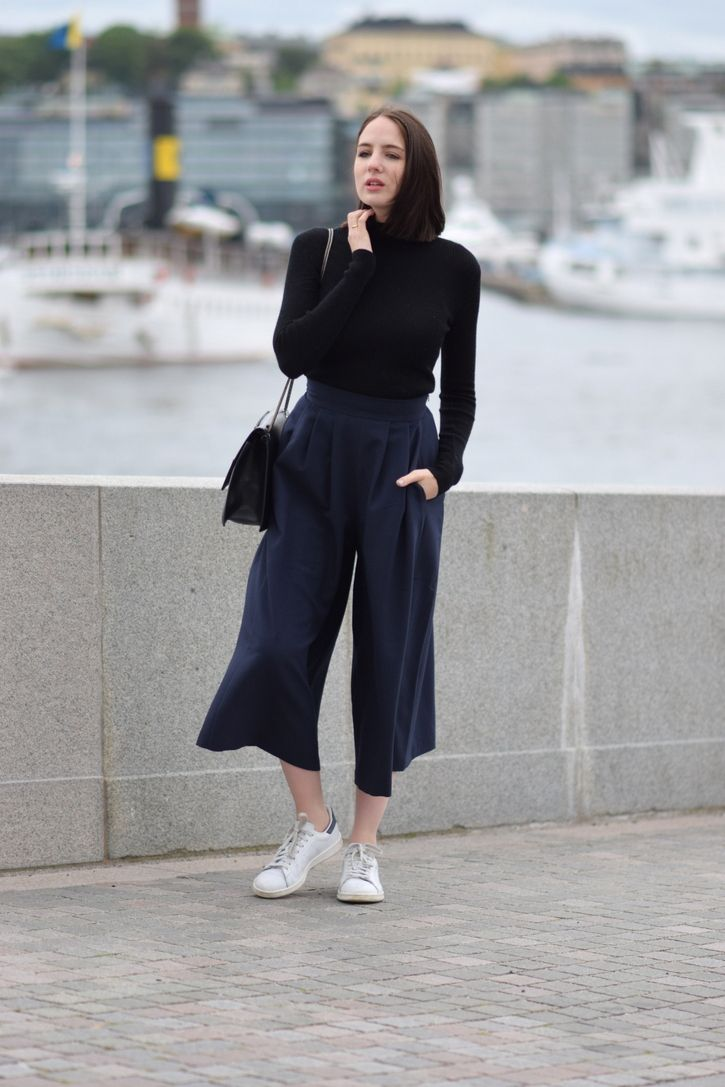 Lizzy Hadfield: Stylish Ways to Wear Your Knitwear | Turtleneck ...