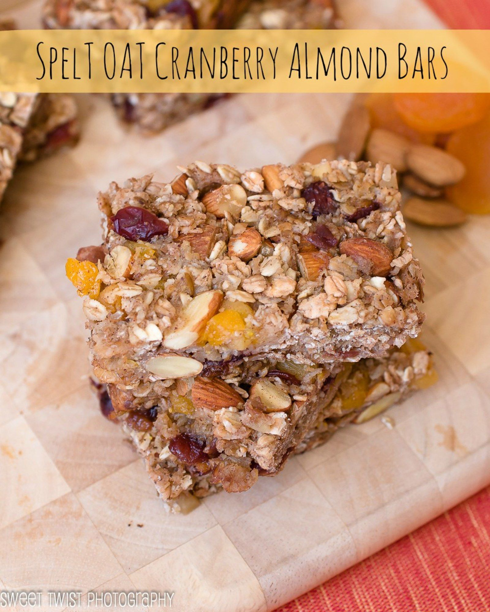 apricot cranberry and almond spelt oat bars recipe cranberry almond almond bars food on hebbar s kitchen recipes oats id=20403