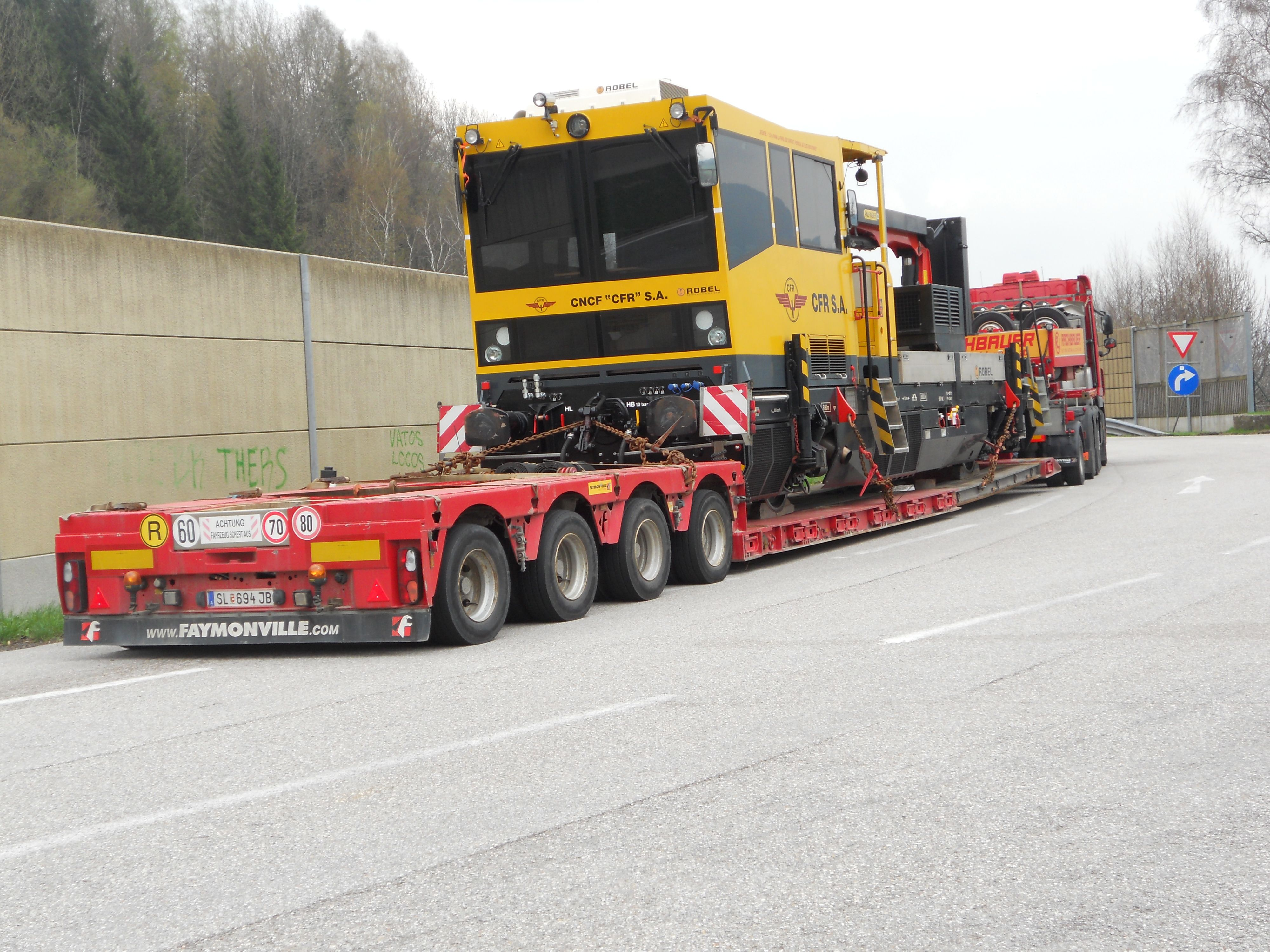 Bahngleiskraftwagen rachpower truck transport trucks