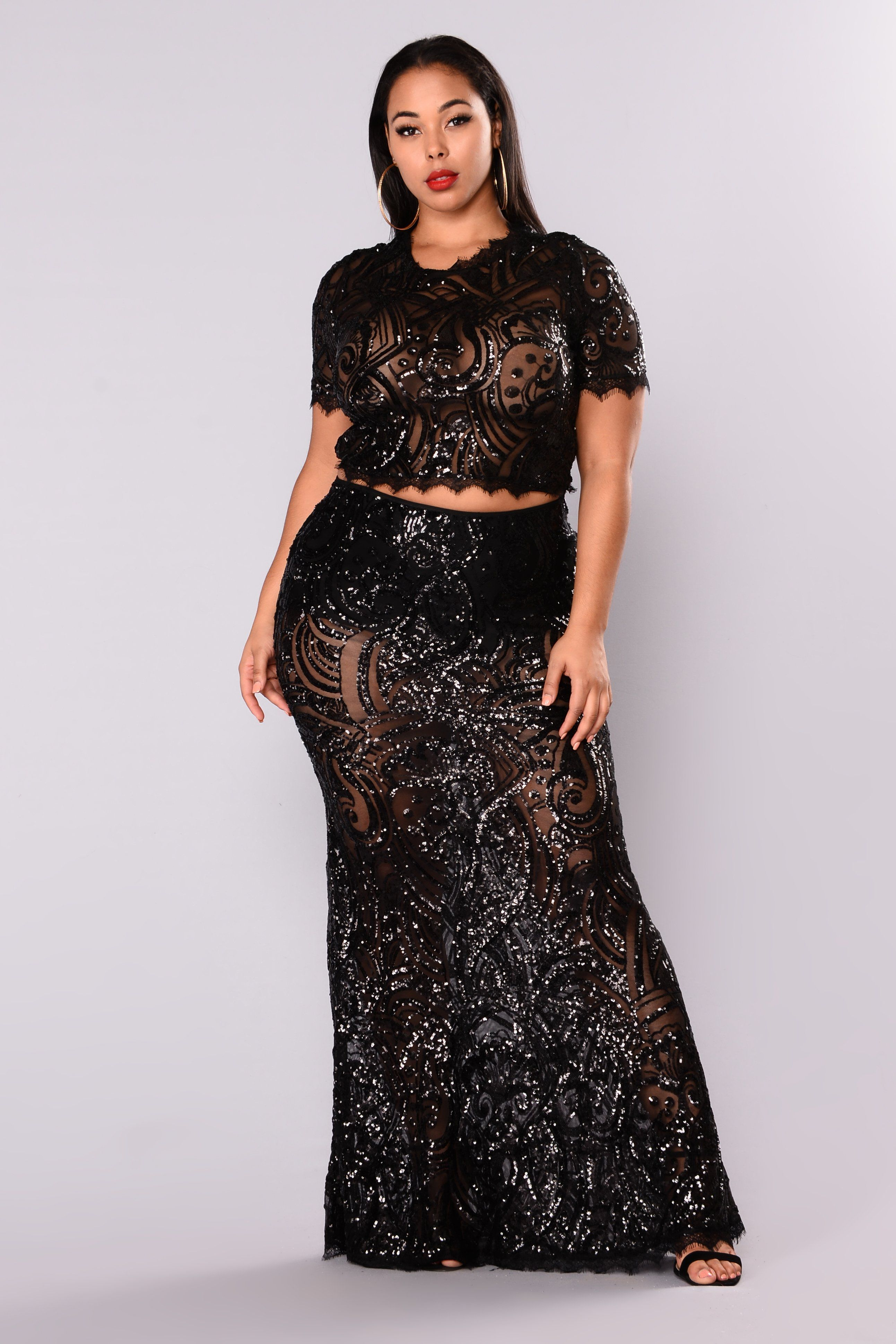 fd259dedd9 Available in Black 2 Piece Set Sequins Crop Tee Mermaid Maxi Skirt 95%  Polyester 5% Spandex