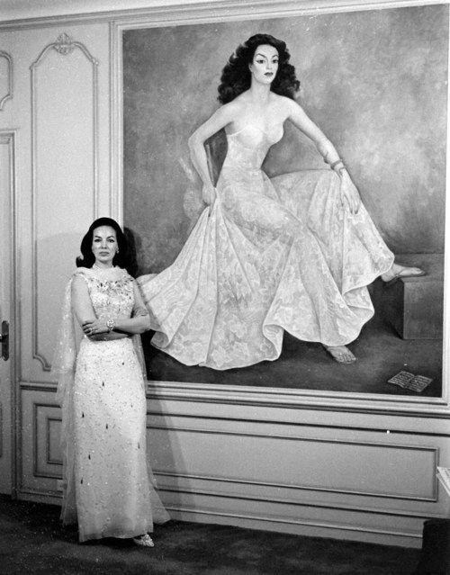 maria felix with infamous portrait of her wearing a diaphanous gown ...