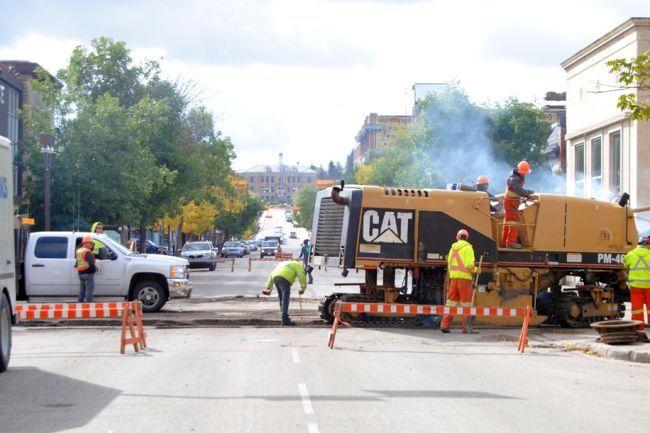 City Reaches 4 Million Asphalt Paving Goal Local The Prince Albert Daily Herald Paving Heavy Construction Equipment Asphalt