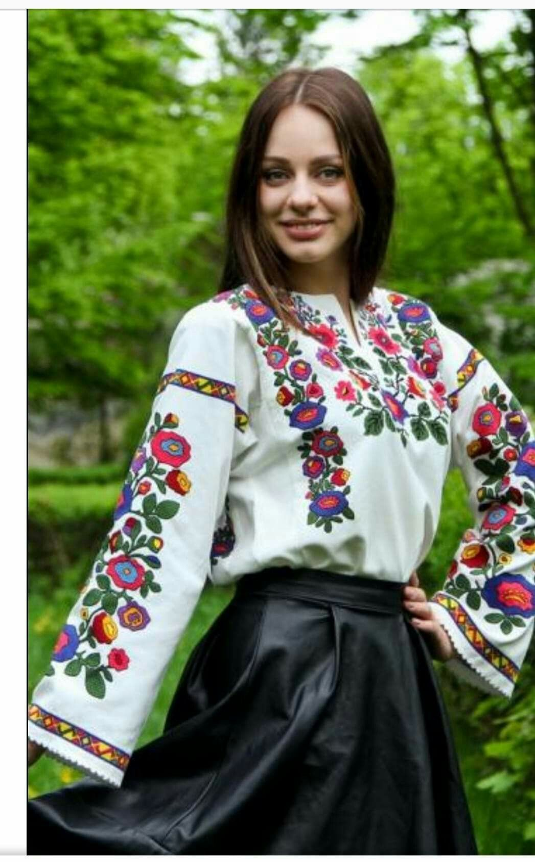 89ec5b9fa3d736 Pin by Tanya Melnychuk on вишитий одяг | Сукні, Одяг, Ручна вишивка