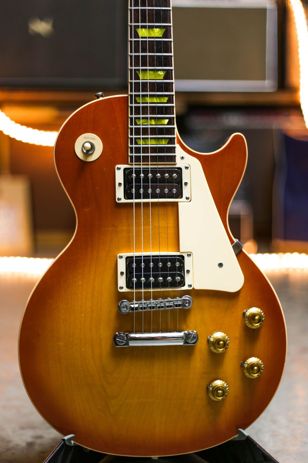 gibson les paul classic serial number check