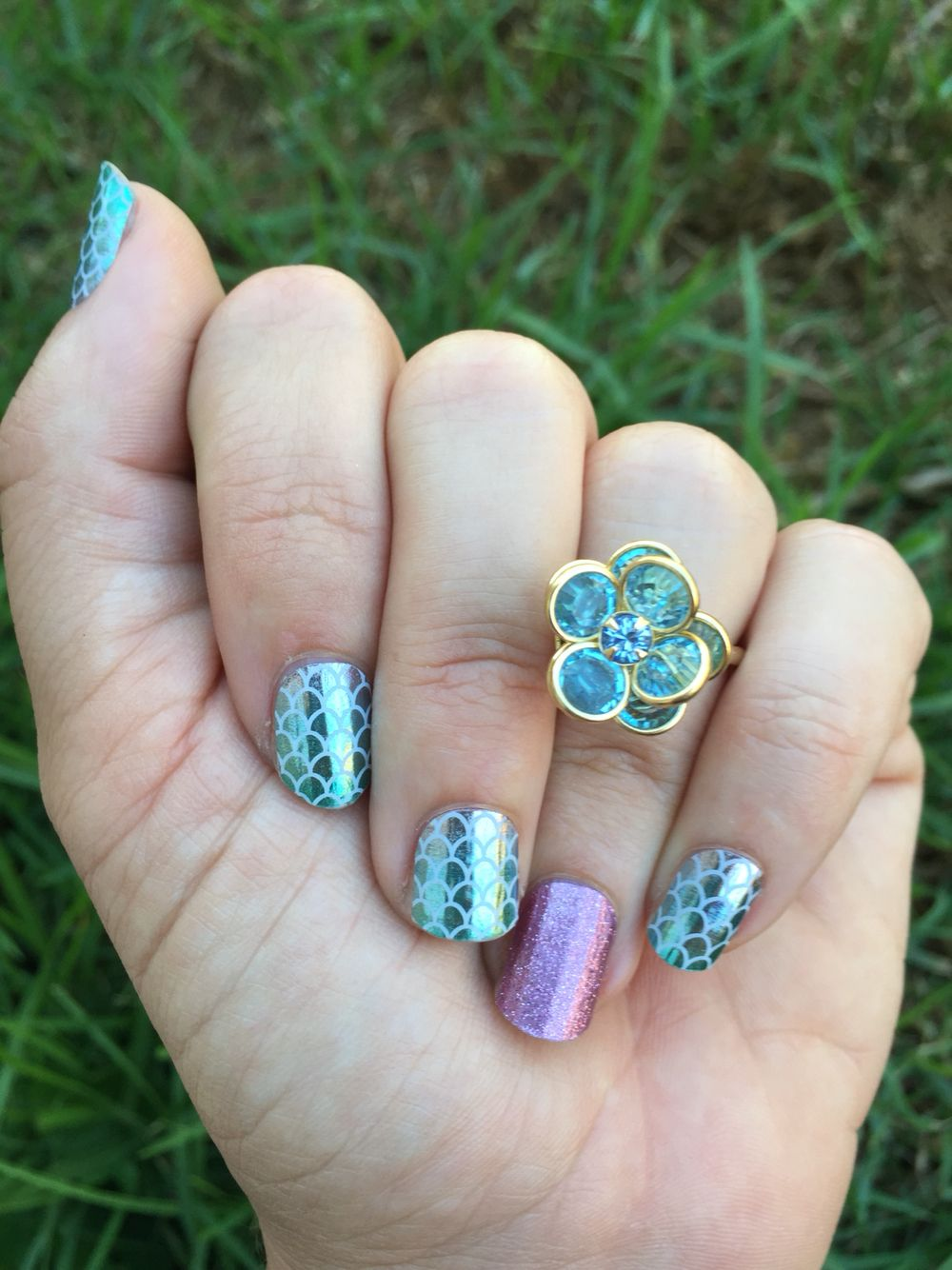 Mermaid tail and pixie Jamberry nails rock!!