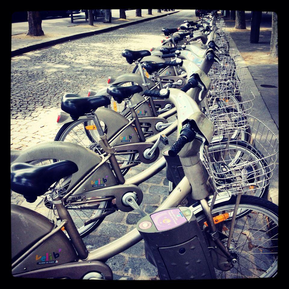 Paris Walkabout Rent A Bike By Porte D Orleans Metro Station