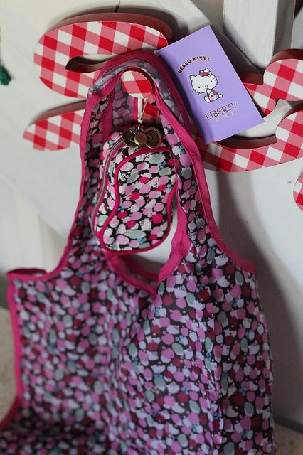 Hello Kitty Shopping Bag by kbo, via Flickr