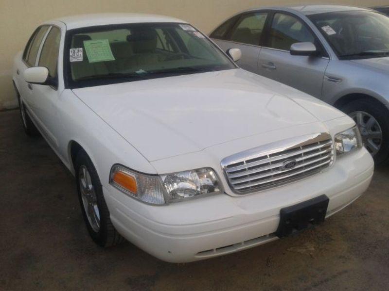 فورد فيكتوريا امريكي 2011 أبيض فل اوبشن قير اتوماتيك للبيع سعودي حراج Vehicles Car