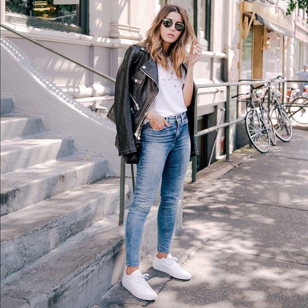 Sneaker outfits women