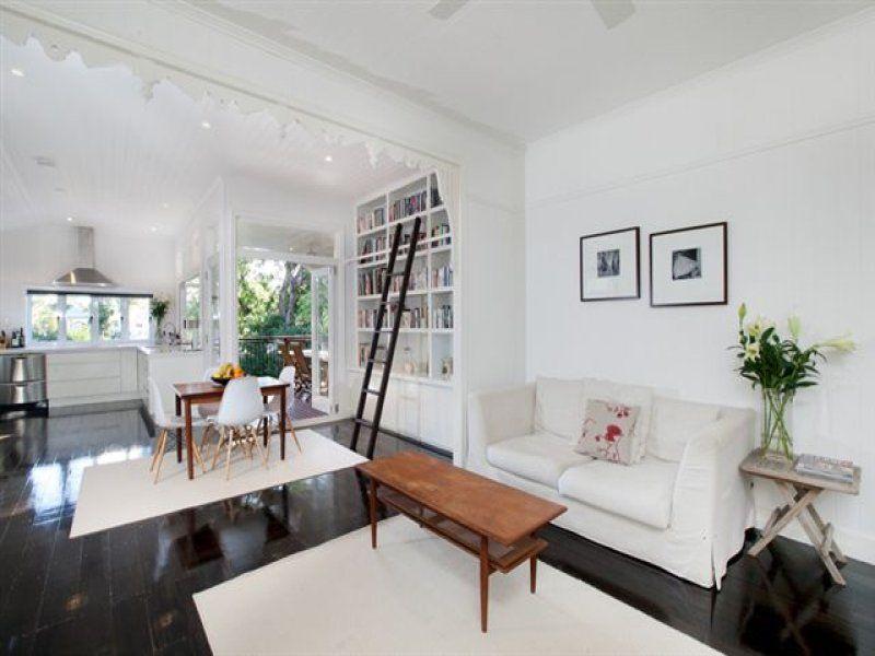9 colton street highgate hill qld 4101 keep it homey for Queenslander kitchen ideas