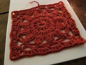 Kukka neliö viktoriaaninen neliö isoäidinneliö virkattu virkkaus ohje helppo Viltti peitto tyyny tyynynpäällinen matto