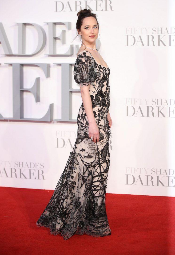 How Dakota Johnson Toned Her Legs for Steamy 'Fifty Shades Darker Scenes