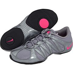 13b528b54 Shoes with a pivot point for dance aerobics like Zumba. Saves your ...