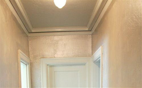 A Note Benjamin Moore Metallic Glaze Paint Metallic Paint Walls Silver Paint Walls Glaze Paint
