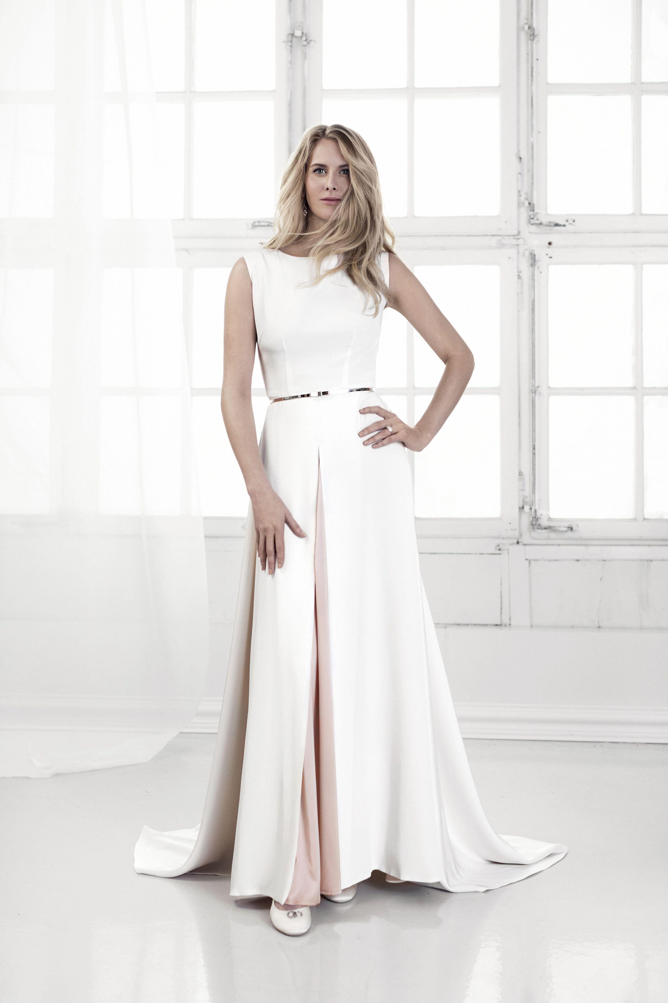 Efva Attling The Wedding Moss Rose Dress And Bow Wow Belt Efvaattling Weddinggown