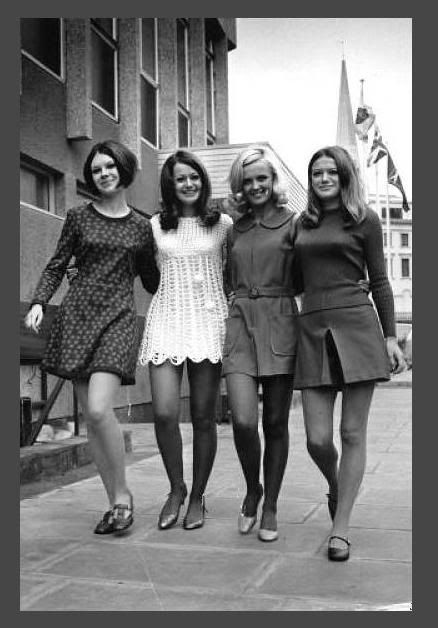 1960's mini skirts - Google Search | 1960s fashion, 60s fashion, Mod fashion