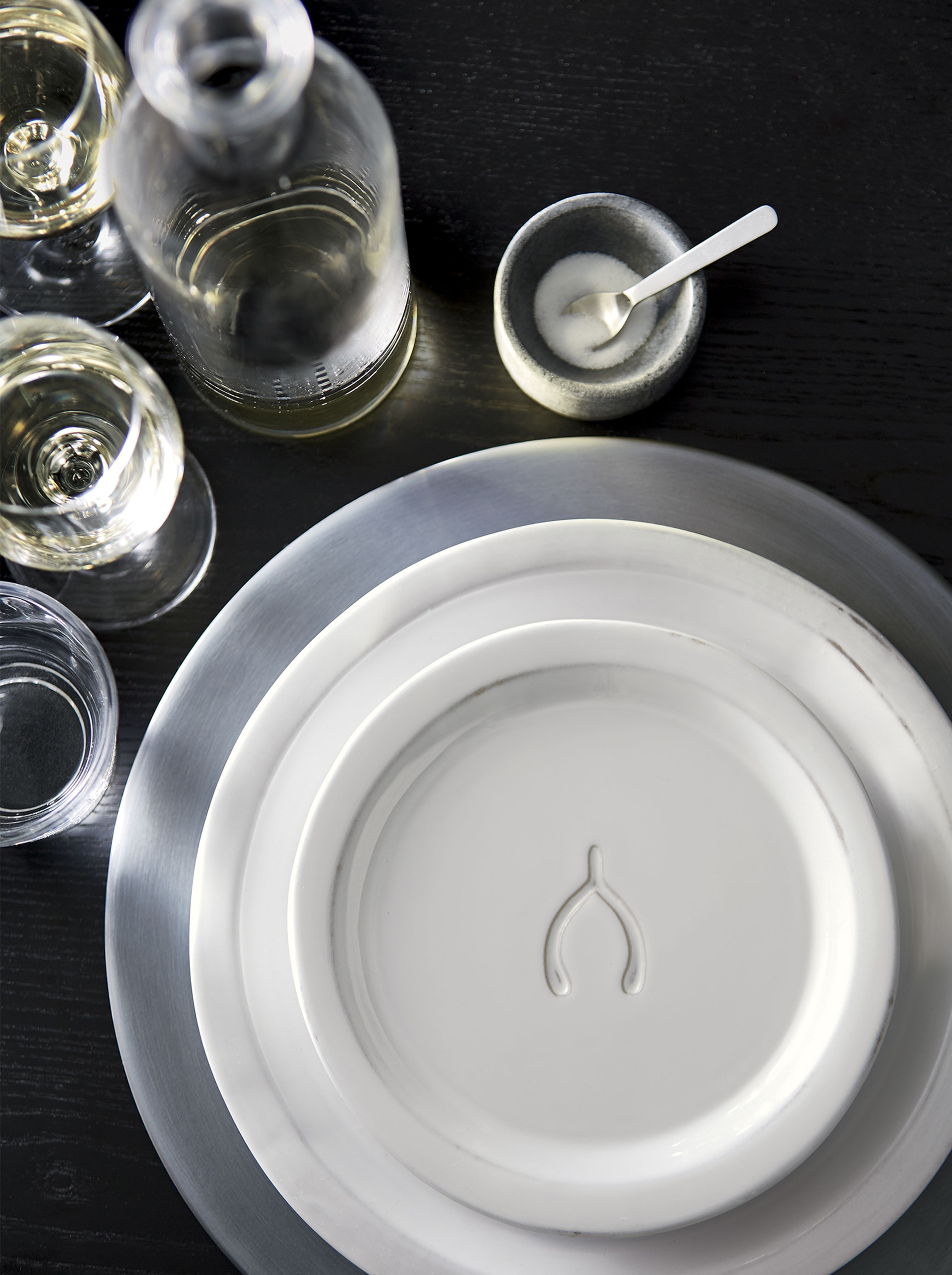 This whimsical accent piece with an embossed wishbone icon lends Thanksgiving appeal to our Marbury dinnerware & This whimsical accent piece with an embossed wishbone icon lends ...