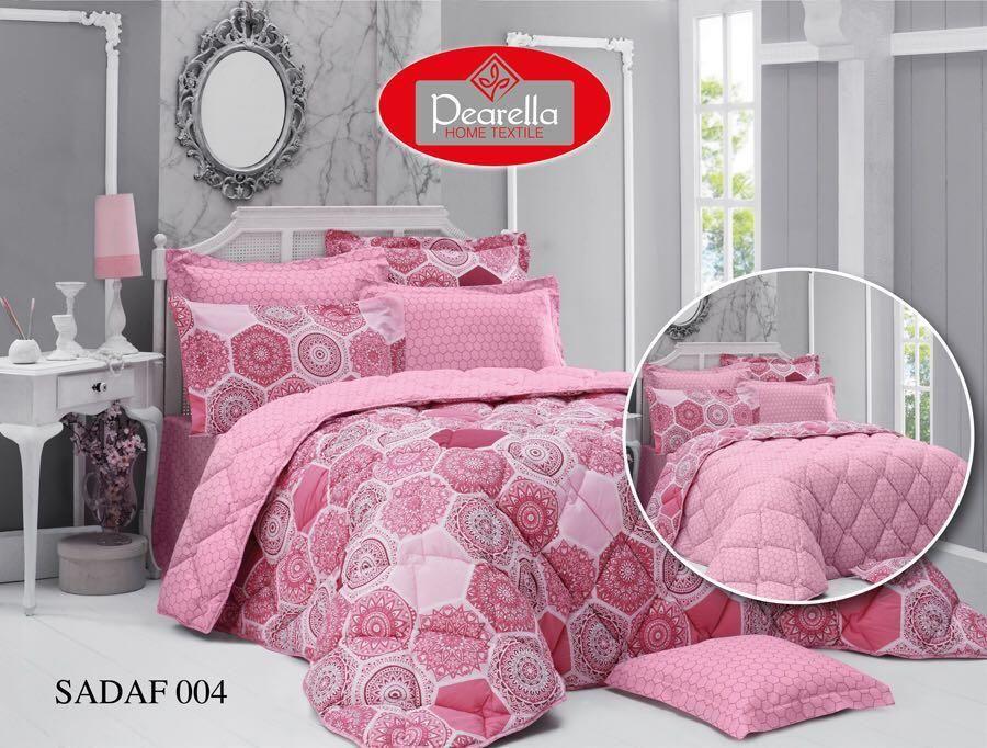 صورة مفرش سرير طقم كامل لونه وردي Summer Bedding Bed Home Decor