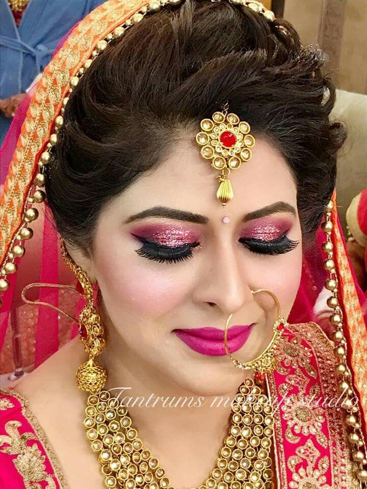 Pin By Jyoti On Mangtika Indian Bridal Hairstyles Bridal Makeup