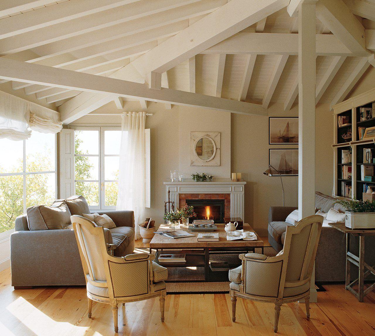 Combinar estilos una estanter a repleta de libros el - La chimenea muebles ...