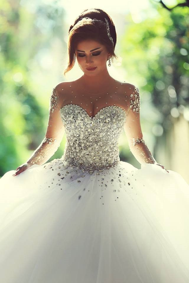 Sheer Sweetheart Crystal Ball Gown Wedding Dresses Lace Up Long Sleeve Tulle Beautiful Princess