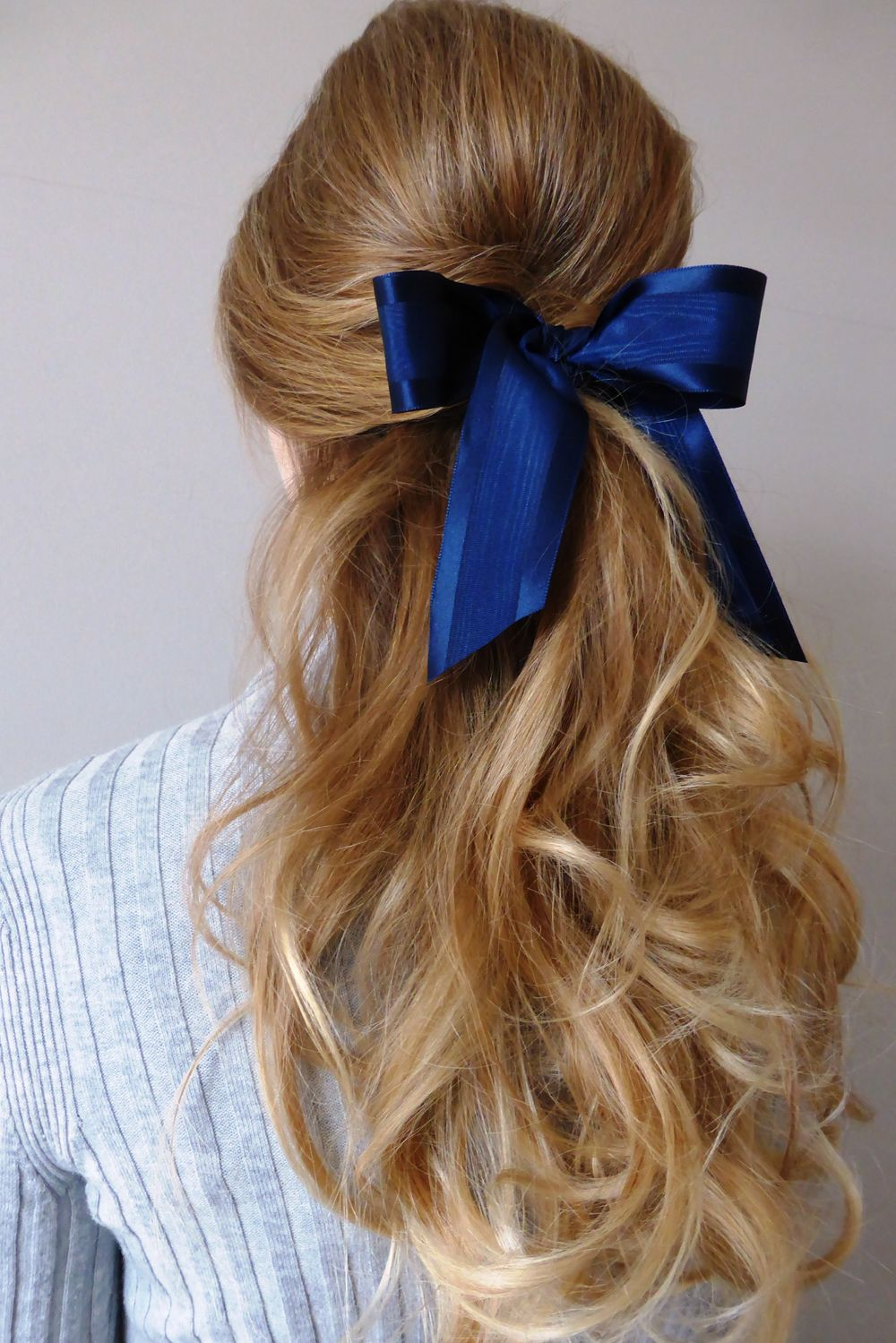 Master Day To Night Dressing With This Elegant Bridget Bardot Inspired Look Our Moire Satin Ribbon Looks Lovely Girly Hairstyles Bardot Hair Hair Ribbons